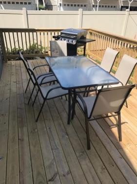 Outdoor Deck & Grill