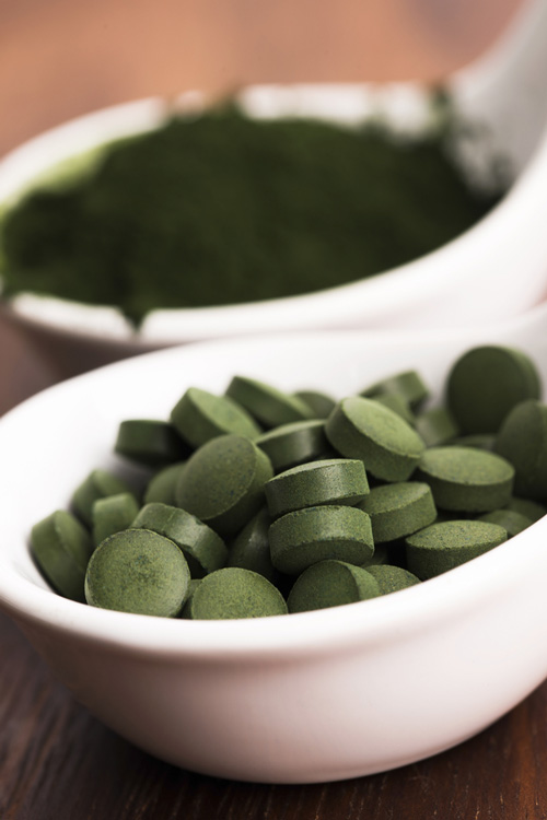 chlorella tablets and powder