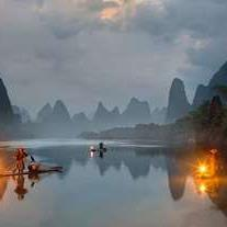 Explore Guilin's natural beauty at the UNESCO world heritage. Located in the south of China, Guilin boasts comfortable temperatures almost all year round. Highlights in this city include boating down the Li River, relaxing in the countryside of Yangshuo, and feasting on the infamous Guilin Mi Fen (rice noodles).