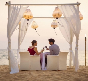 Sweet Honeymoon in Vietnam