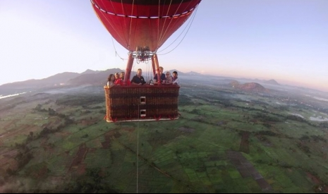 Hot Air Balloon Ride in Sigiriya - Sri Lanka