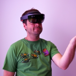 location hololens et animation hololens fond rose main alliance